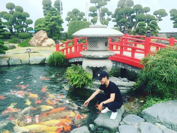 Công Viên Cá Koi Rinrin Park