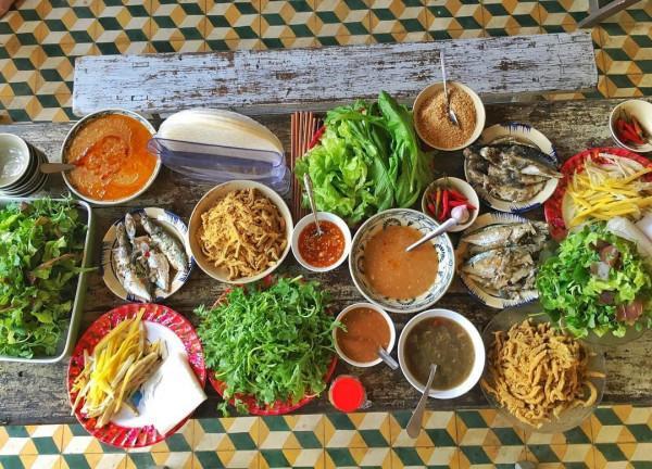Món gỏi cá Nam Ô