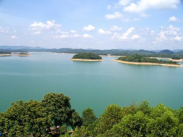 Vé máy bay đi Thanh Hóa trải nghiệm vườn quốc gia Bến En