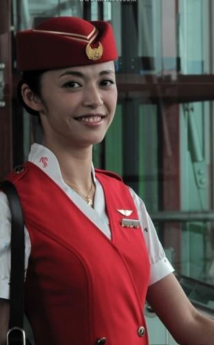 tiep-vien-hang-khong-sanvemaybay-9