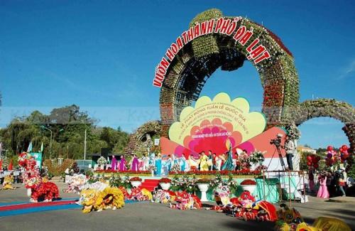 tour_festival_hoa_da_lat-sanvemaybay