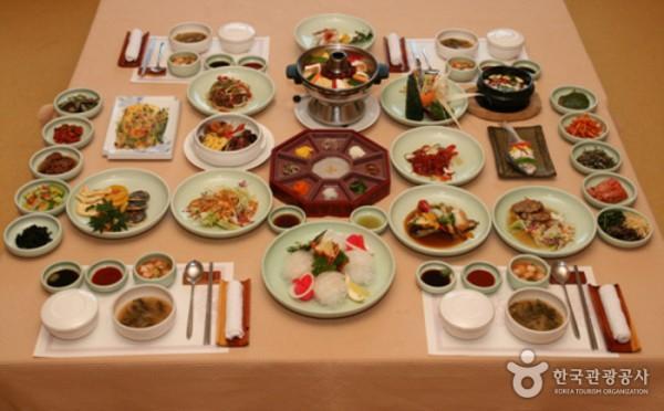 Nhà hàng Song Jook Heon (송죽헌)