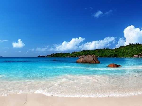 Bãi biển Lý Sơn