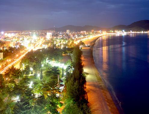 Du lịch biển Quy Nhơn về đêm