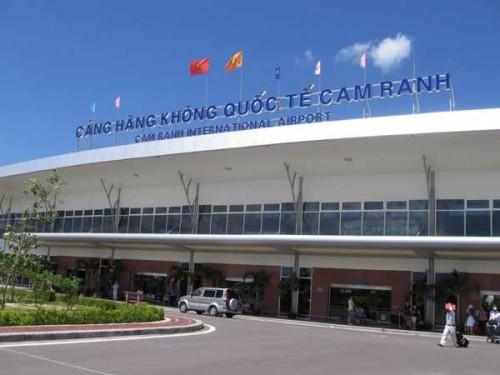 Cản hàng không quốc tế Cam Ranh