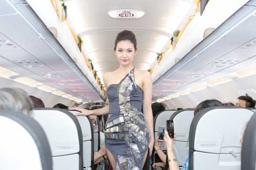 Vietjet SkyBoss fashion show
