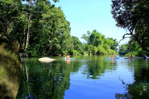 Suối Ba Hồ