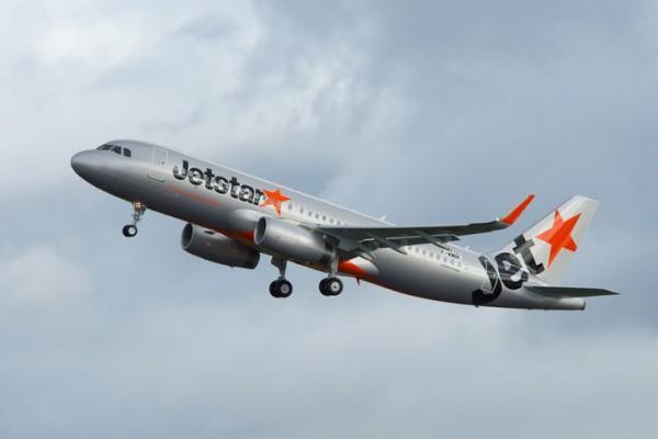 Jetstar Pacific hãng hàng không này cũng đã hỗ trợ đổi chuyển bay miễn phí.