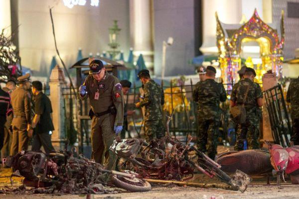 Hãng hàng không đổi chuyến bay miễn phí sau vụ nổ bom tại Bangkok