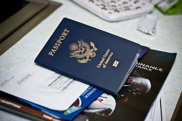 Đối với hành khách mang quốc tịch nước ngoài phải có hộ chiếu