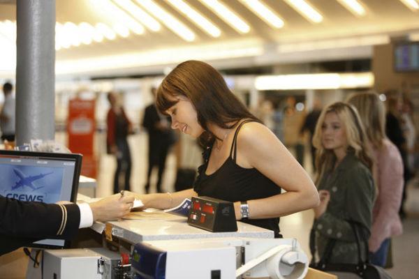 Những giấy tờ cần xuất trình khi đi máy bay