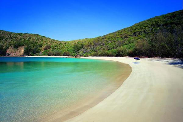 Bãi Dài là một trong những bãi biển hoang sơ và đẹp nhất Việt Nam