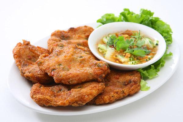 ve-may-bay-di-tuy-hoa-thuong-thuc-mon-an-ngon-2