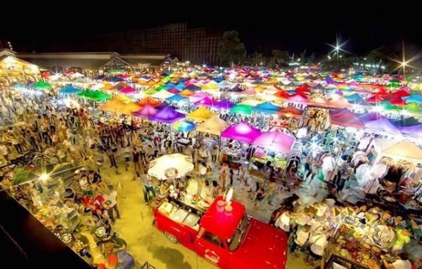 Vé máy bay đi Sài Gòn tham gia chợ đêm Bangkok