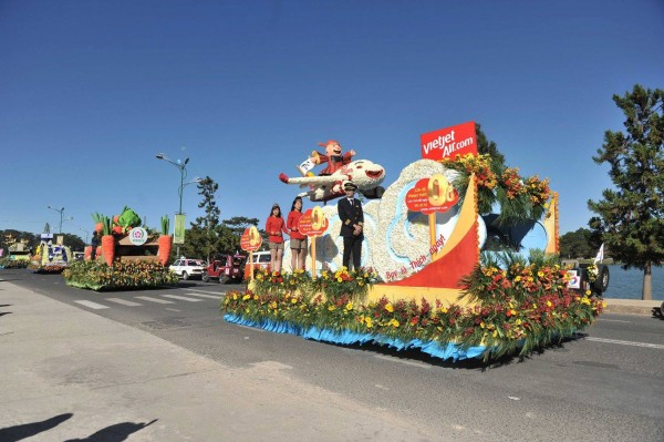 Lung linh sắc màu ở lễ hội Festival Hoa Đà Lạt