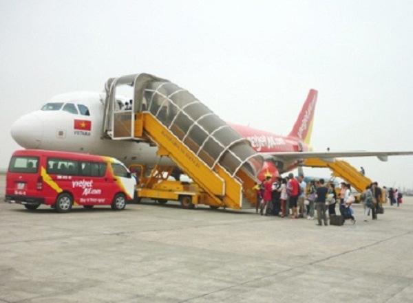 Xe trung chuyển từ sân bay nội bài vào trung tâm thành phố
