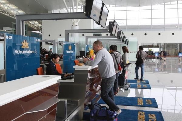 Quầy làm thủ tục check in của hãng hàng không Vietnam Airlines
