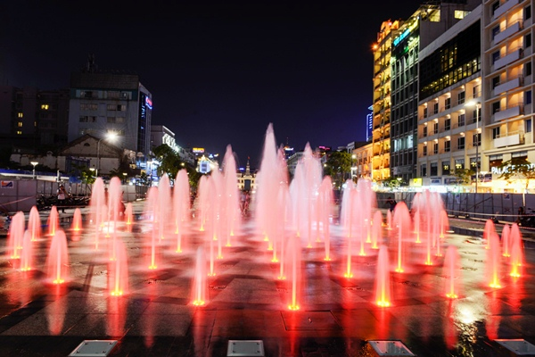 Địa điểm chụp ảnh giáng sinh tuyệt đẹp tại TP HCM