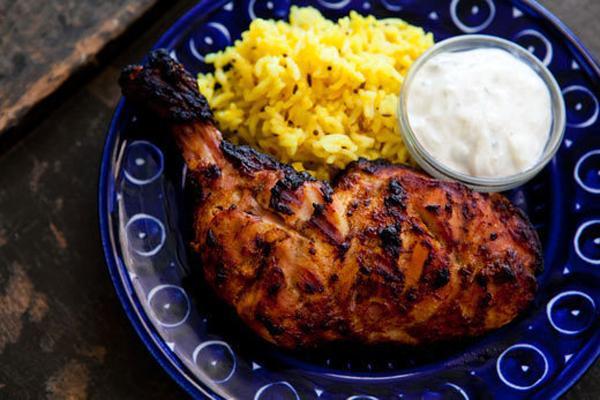 Gà tandoori gà là một thịt nướng kiểu Ấn Độ