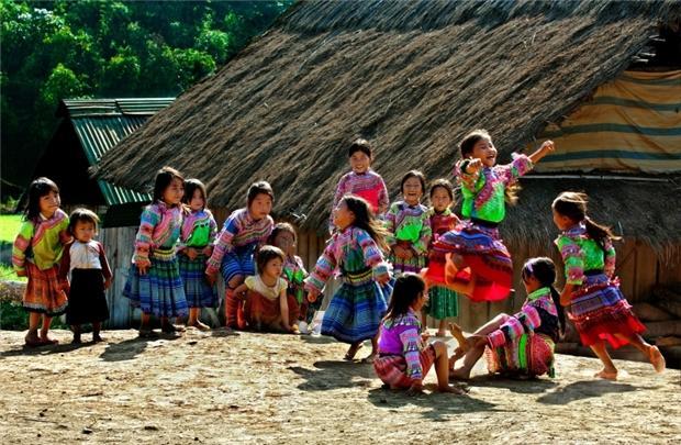 Trẻ em Vui Tết ở Hà Giang