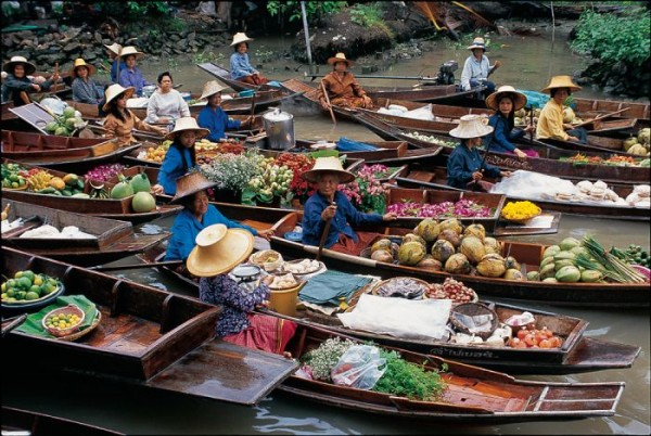 Market in Kampong Ayer