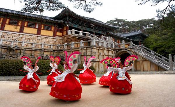 Những địa điểm không thể bỏ qua khi du lịch Hàn Quốc