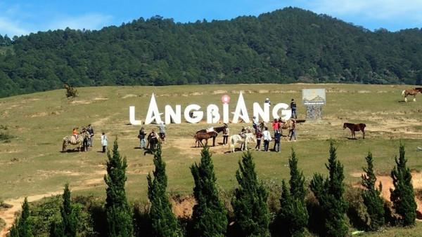 Chinh phục đỉnh Langbiang huyền thoại