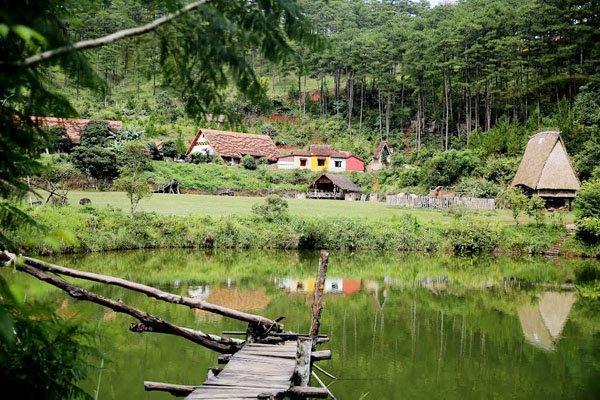Ngôi làng Cù Lần đẹp như cổ tích ở Đà Lạt
