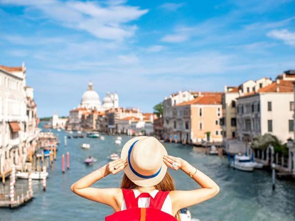Du lịch đến một nơi xa là điều mà bạn đang hướng đến?