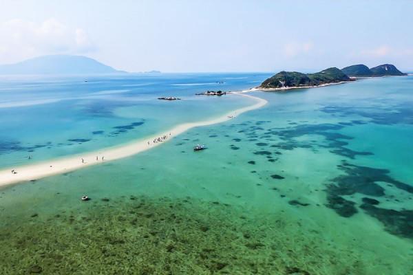 Khám phá con đường mòn dưới biển độc đáo nhất Việt Nam.