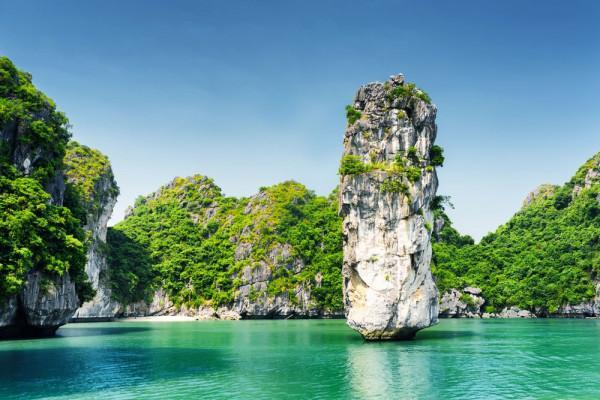 Trải nghiệm những hoạt động hấp dẫn tại Hạ Long Bay