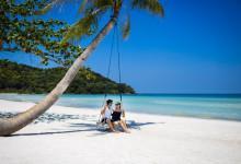 Vé máy bay giá rẻ khám phá bãi biển Phú Quốc