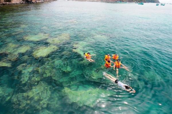 Đảo Nam Du đắm say du khách như thế nào?