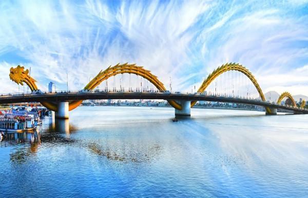Vé máy bay đi Đà Nẵng khám phá những địa điểm siêu hót