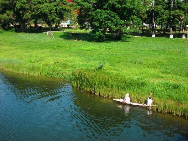 Vé máy bay đi Huế ngắm cảnh sắc thiên nhiên xứ Huế