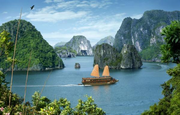 Đến Quảng Ninh Tìm Hiểu Những Địa Điểm Tâm Linh
