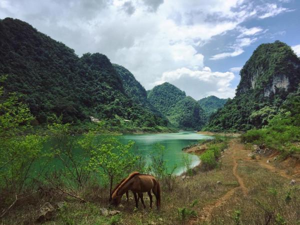 Hồ Thang Hen Hòn Ngọc Bích Của Cao Bằng