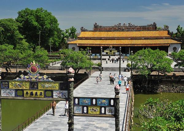 Điện Thái Hòa