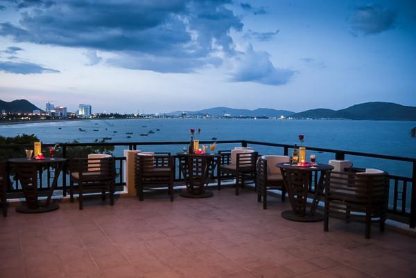 Hoàng Hậu Restaurant