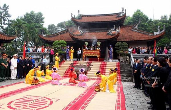 Lễ Hội Tại Khu Di Tích Đền Hùng