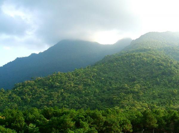 Quang Cảnh Chụp Từ Đỉnh Núi Ba Vì