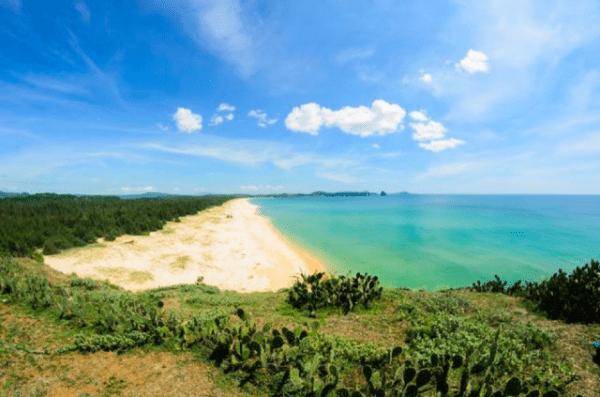 Bãi biển tuyệt đẹp thành phố Tuy Hòa