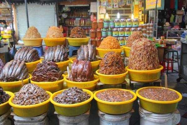 Chợ Châu Đốc2