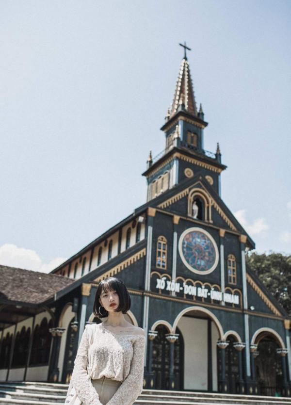 nhà thờ gổ 4
