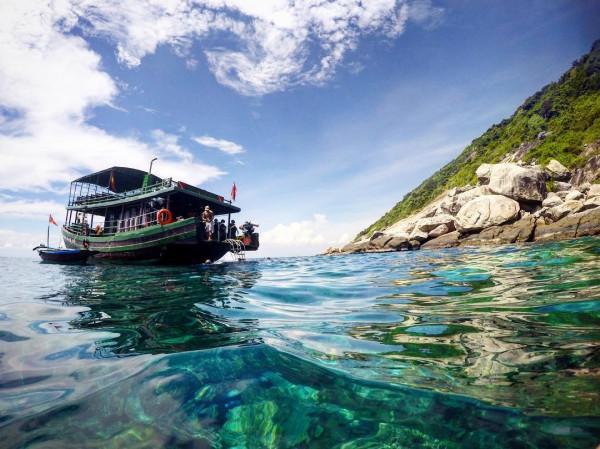 Mua vé máy bay quảy banh nóc tại đảo Cồn Cỏ - Quảng Trị