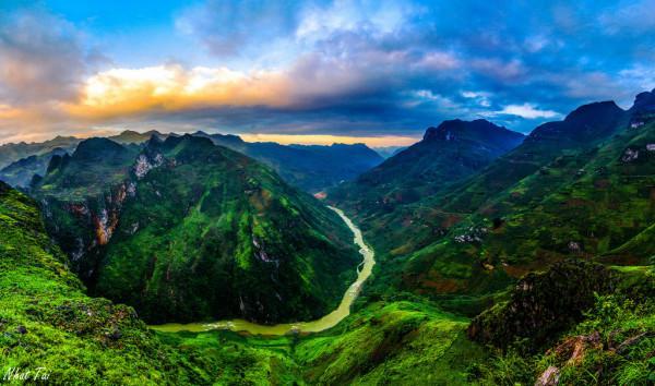 Đèo Mã Pí Lèng – Sông Nho Quế