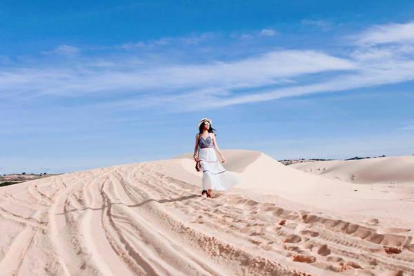 Đồi cát Phương Mai1