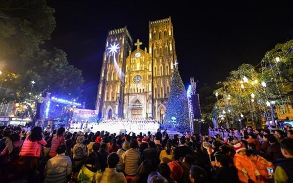 Nhà Thờ lớn (Hà Nội) đêm Noel