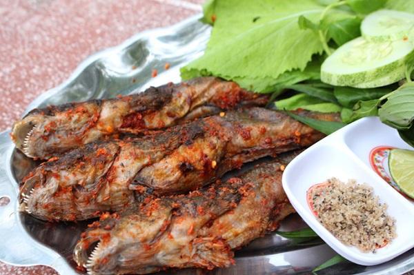 Cá thòi lòi nướng muối ớt
