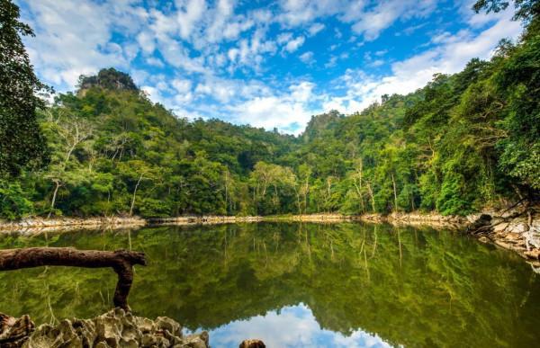 Hồ Ba Bể5